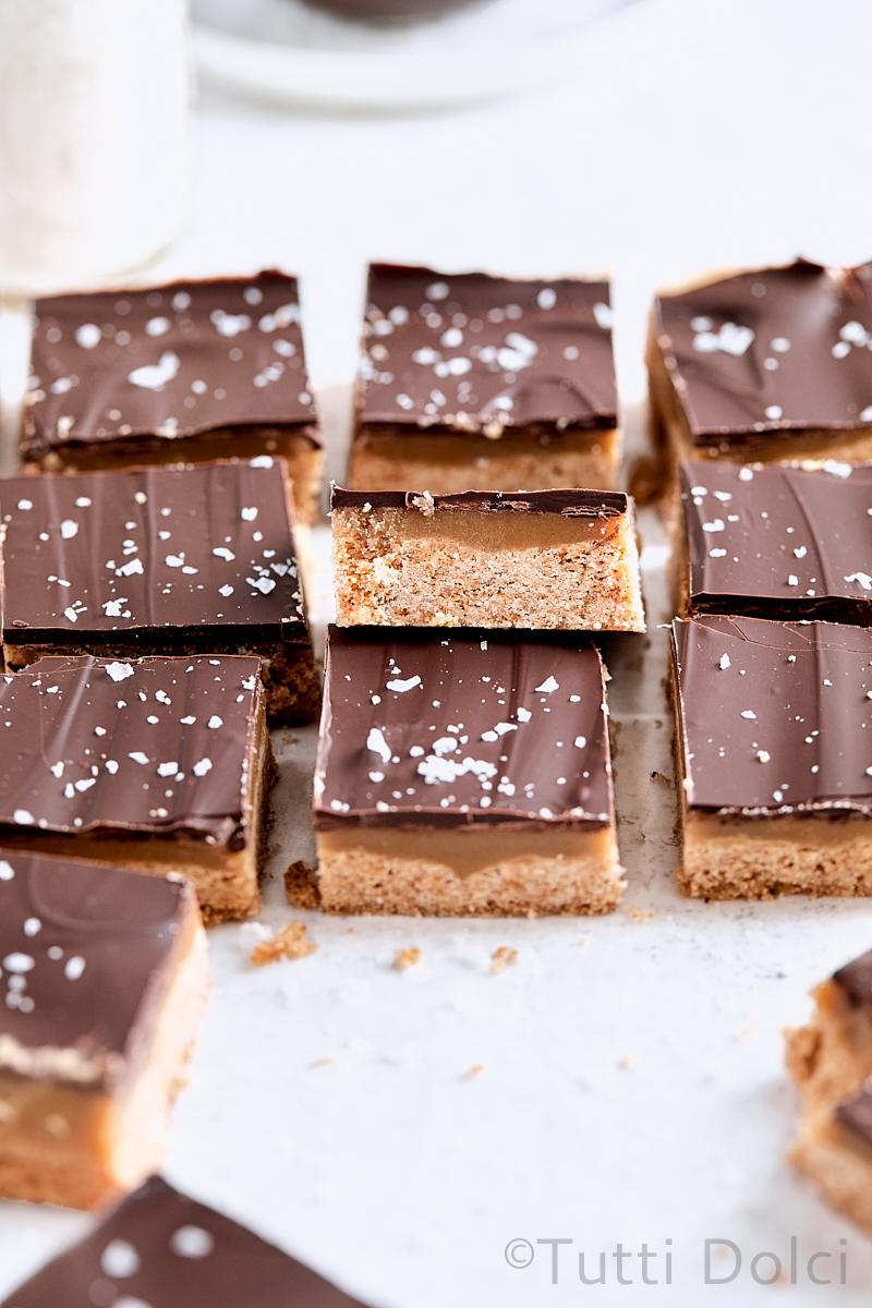Chocolate Caramel Graham Bars