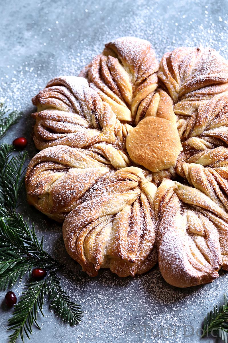 Cinnamon Sugar Star Bread Tutti Dolci