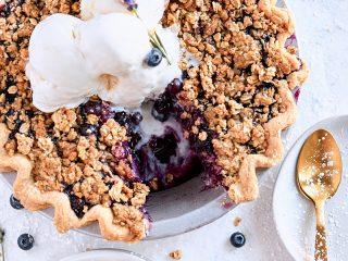 Blueberry Lavender Crumble Pie