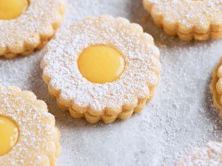 Citrus Curd Linzer Cookies